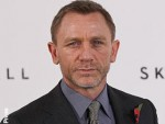 Bond producers want Daniel Craig to stay
